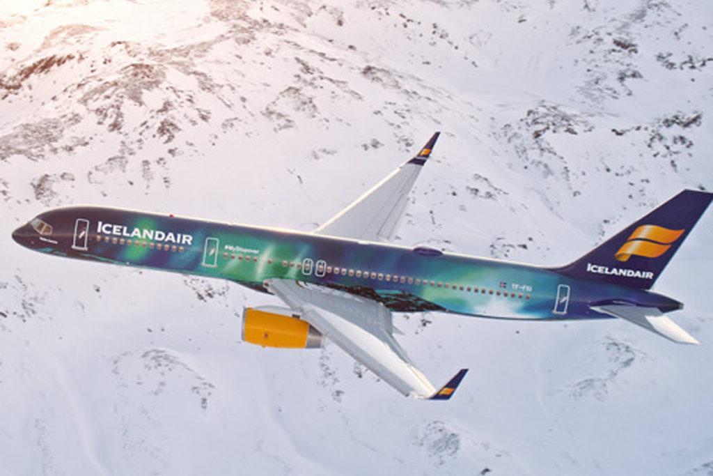 Icelandair Boeing 757 Hekla Aurora