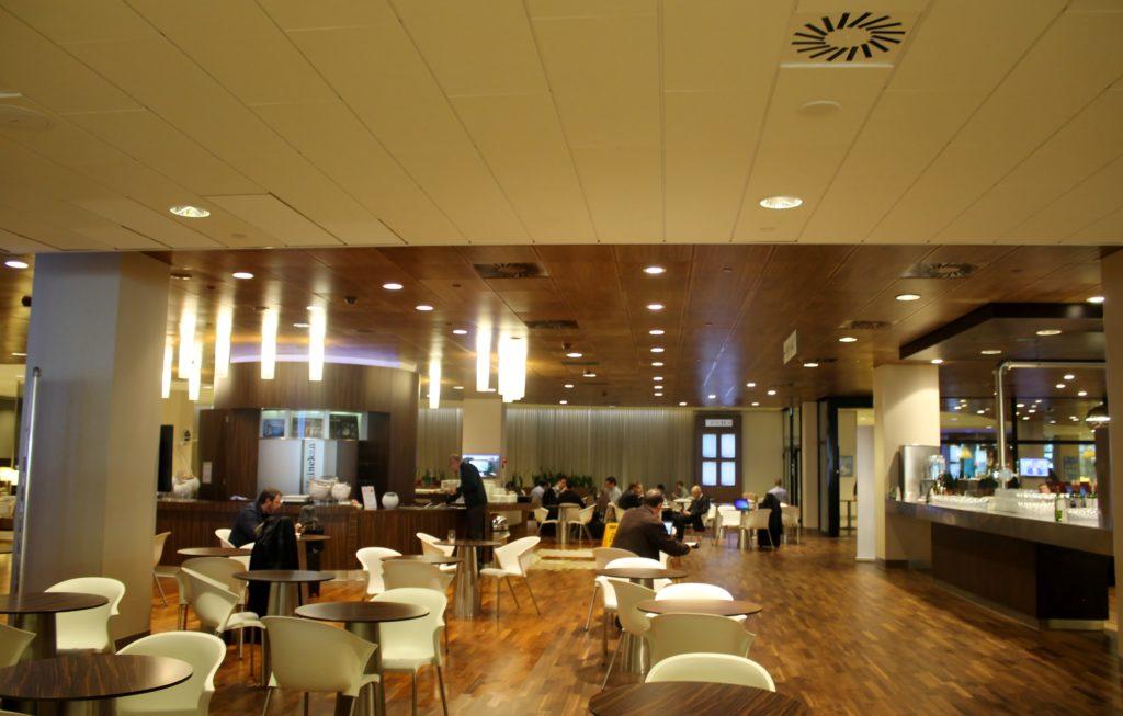 KLM Crown Lounge Schengen Amsterdam Schiphol - New area