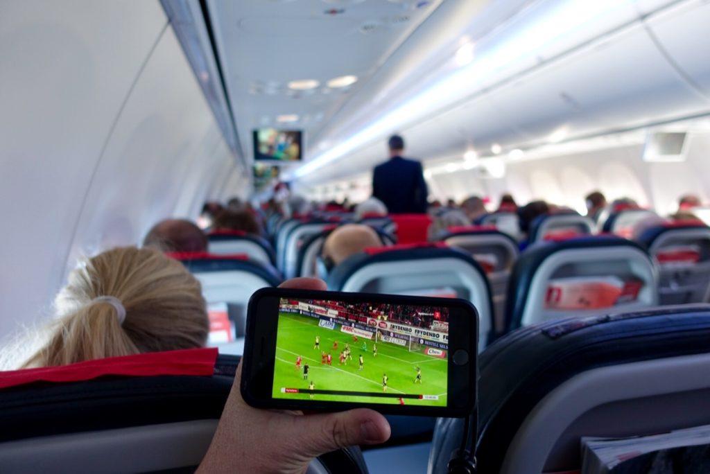 Norwegian live TV onboard using smartphone