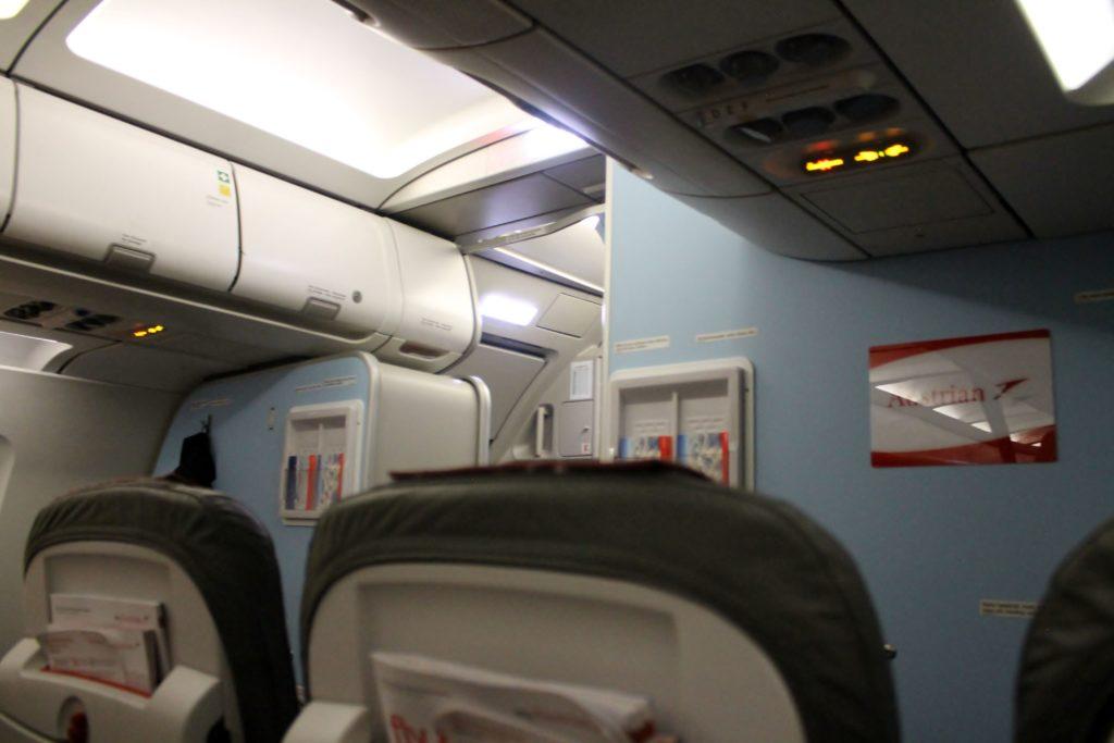 Austrian Airlines Business Class Munich-Vienna cabin
