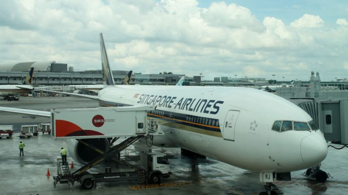Singapore Airlines Economy Class Bangkok-Singapore Changi