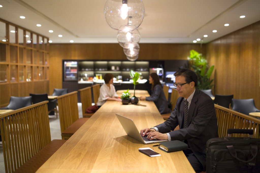 Cathay Pacific New Lounge Taipei restaurant area