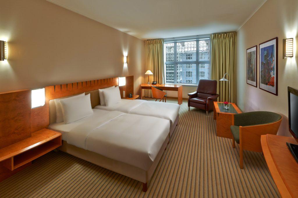 Hilton Munich Airport Hotel Twin guest room