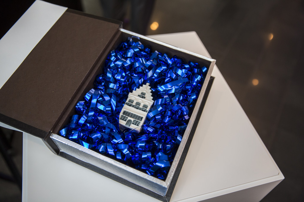 KLM Delftware house nr 96 in gift box