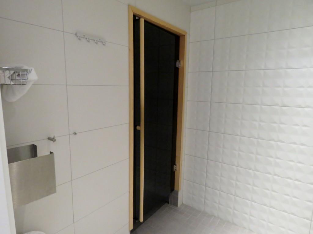 Finnair Premium Lounge sauna, Helsinki Vantaa