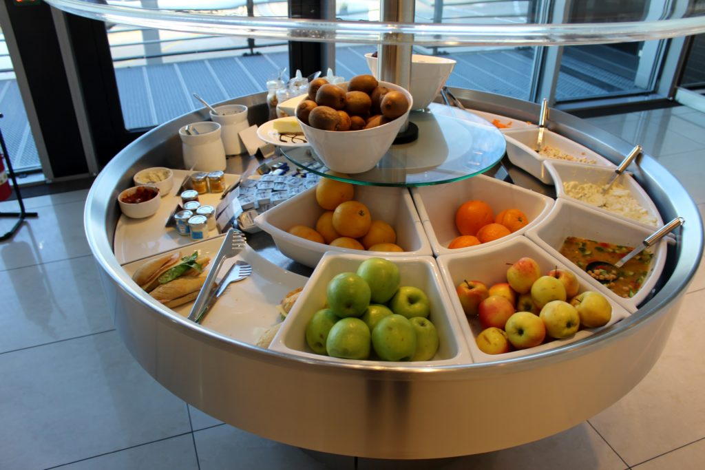Air Canada Maple Leaf Lounge, Frankfurt self service buffet