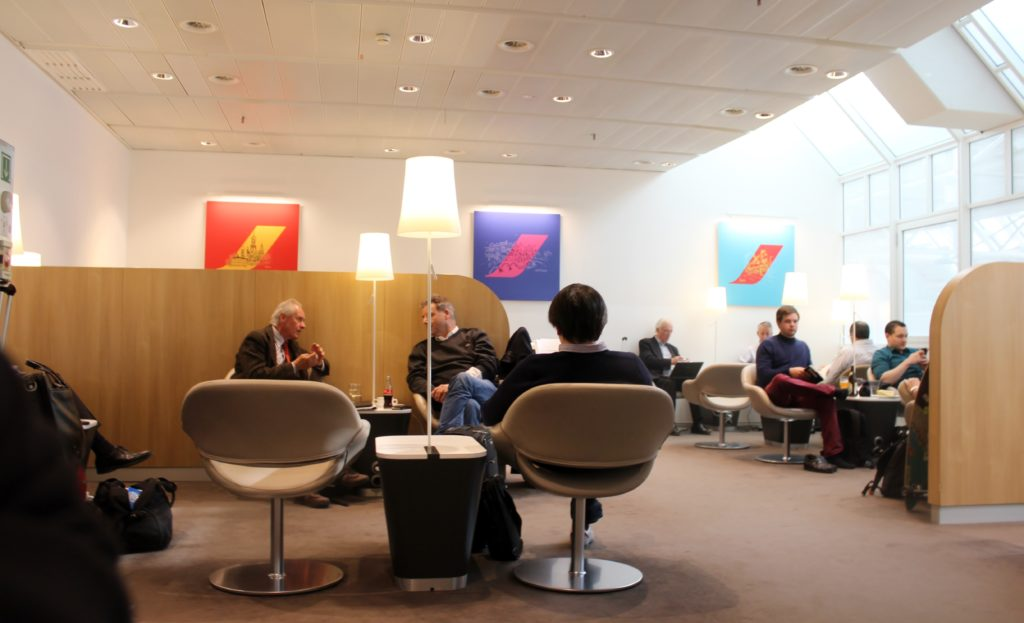 Air France Business Class Munich-Paris CDG lounge