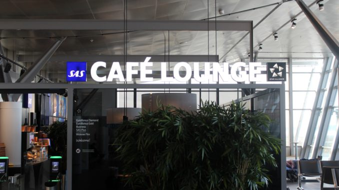 SAS Cafe Lounge, Trondheim Vaernes lounge sign