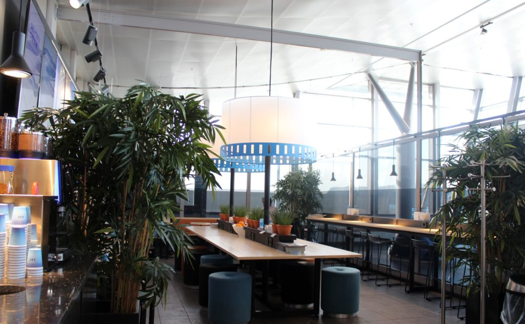 SAS Cafe Lounge, Trondheim Vaernes interior and seating areas