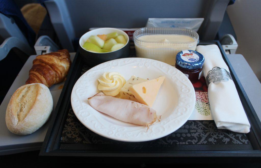 KLM Business Class Amsterdam-Paris breakfast