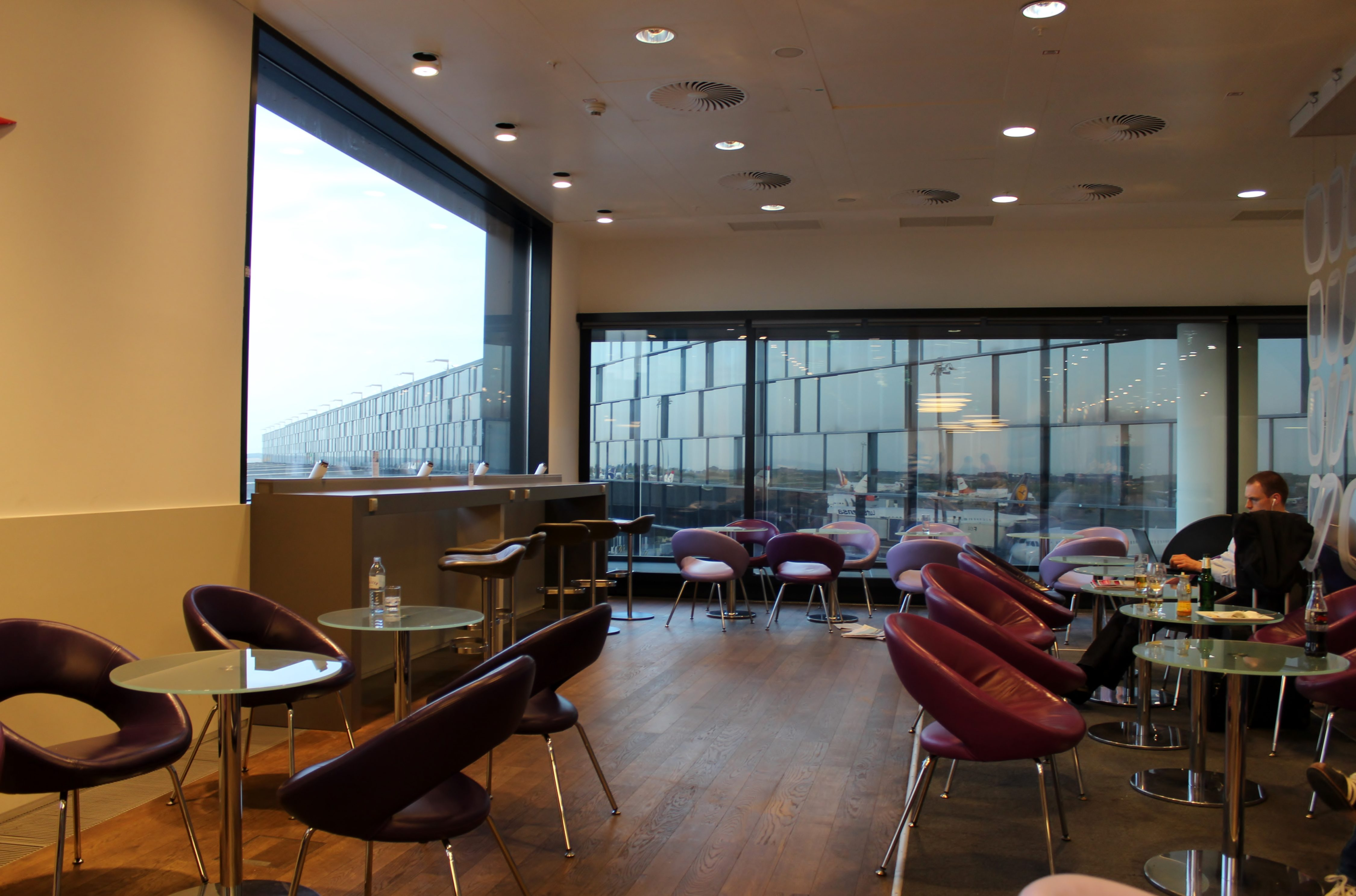 Austrian Airlines Senator Lounge, Vienna Schwechat, Schengen interior