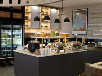 First day with hot food in SAS Gold Lounges