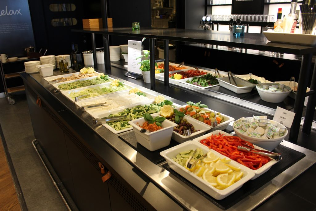 New cold buffet in SAS Lounge