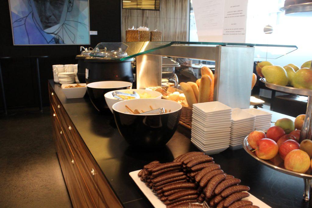 Sky Lounge, Vienna Schwechat, Schengen snacks