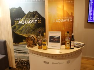 Aquavit tasting in the SAS Gold Lounge at Stockholm Arlanda
