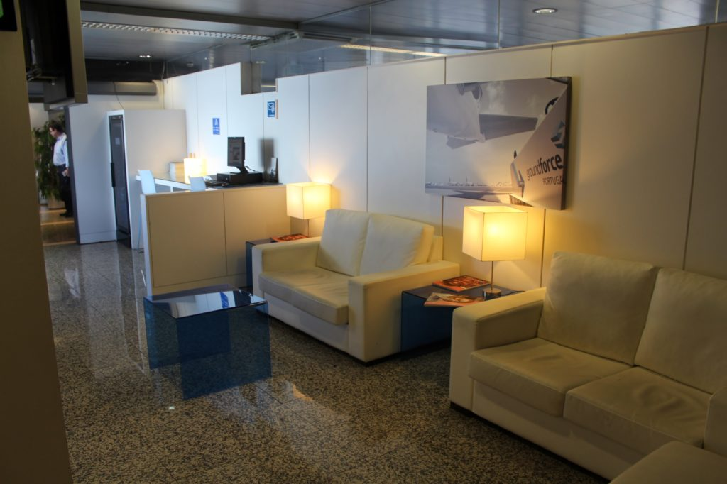 Blue Lounge, Lisbon interior and seating areas