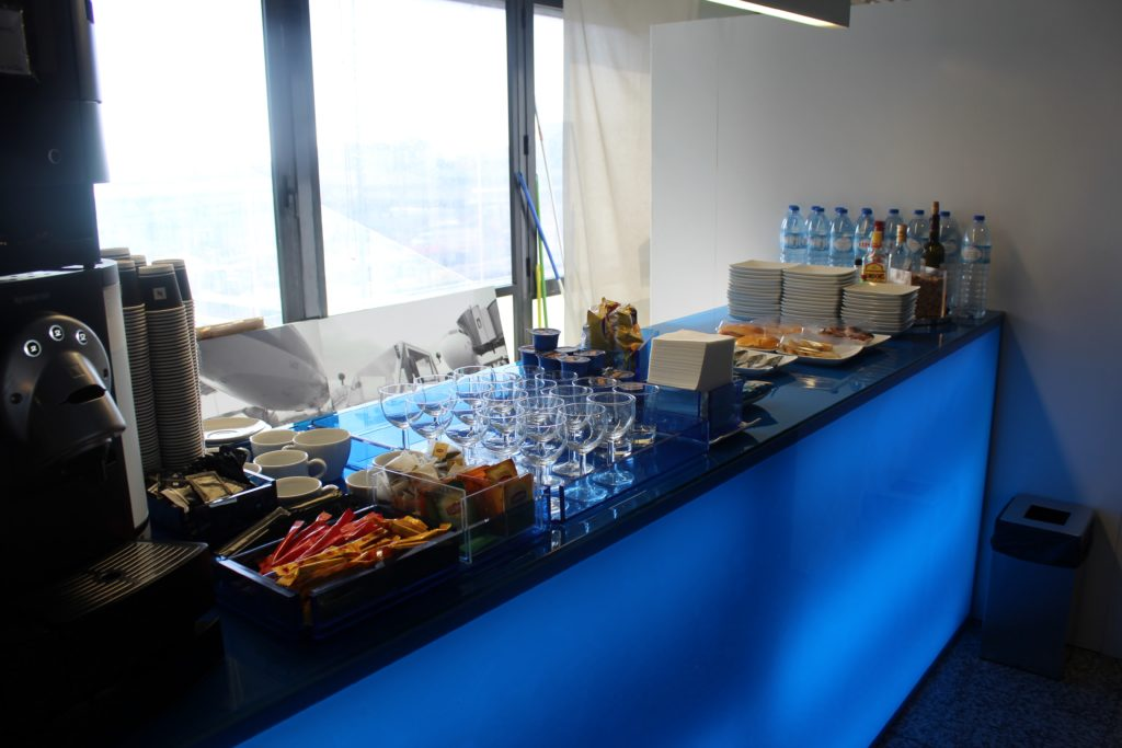 Blue Lounge, Lisbon self service buffet