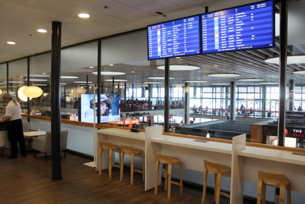 Servisair Aspire Lounge Copenhagen Kastrup departure screens