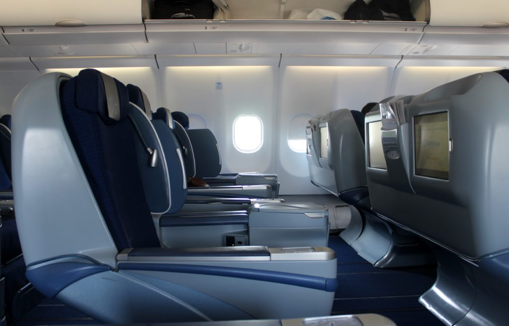 Air Europa Business Class Airbus A330 Barcelona-Madrid seat