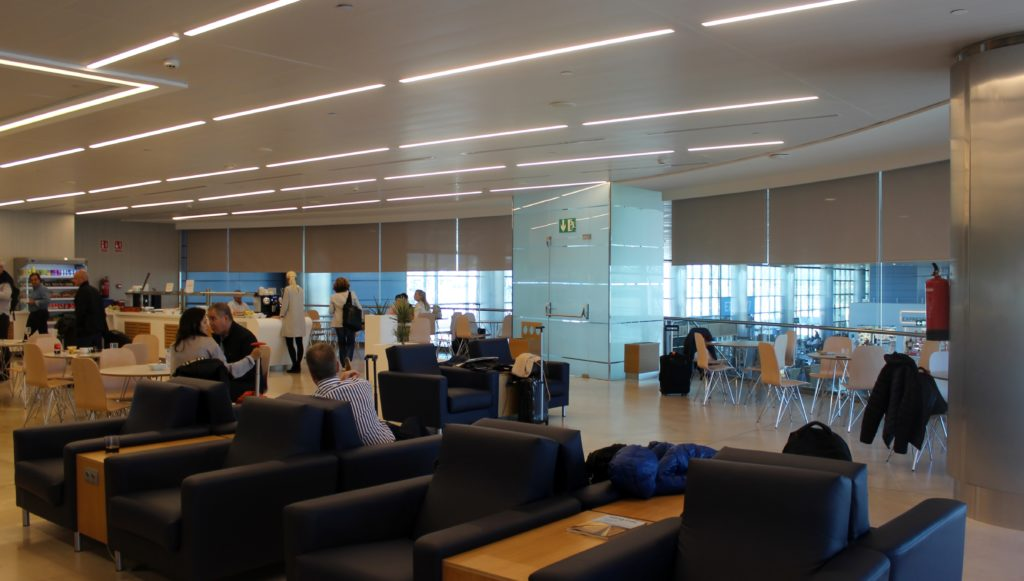 Air Europa Business Class Madrid-Amsterdam lounge