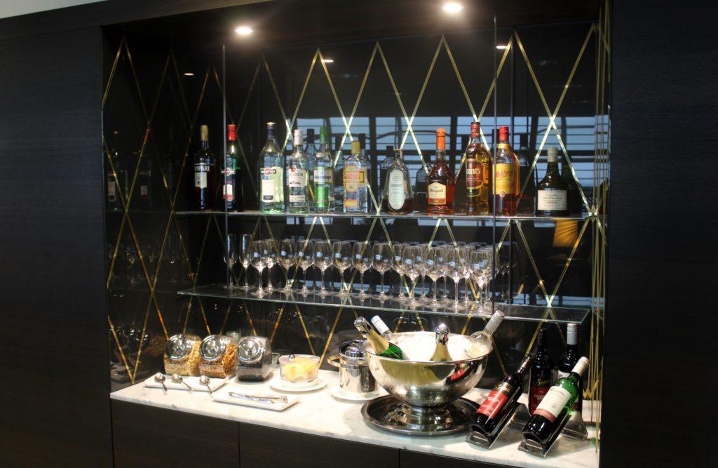 Aspire Lounge (Skyteam), Zürich Kloten, Schengen wines and spirits