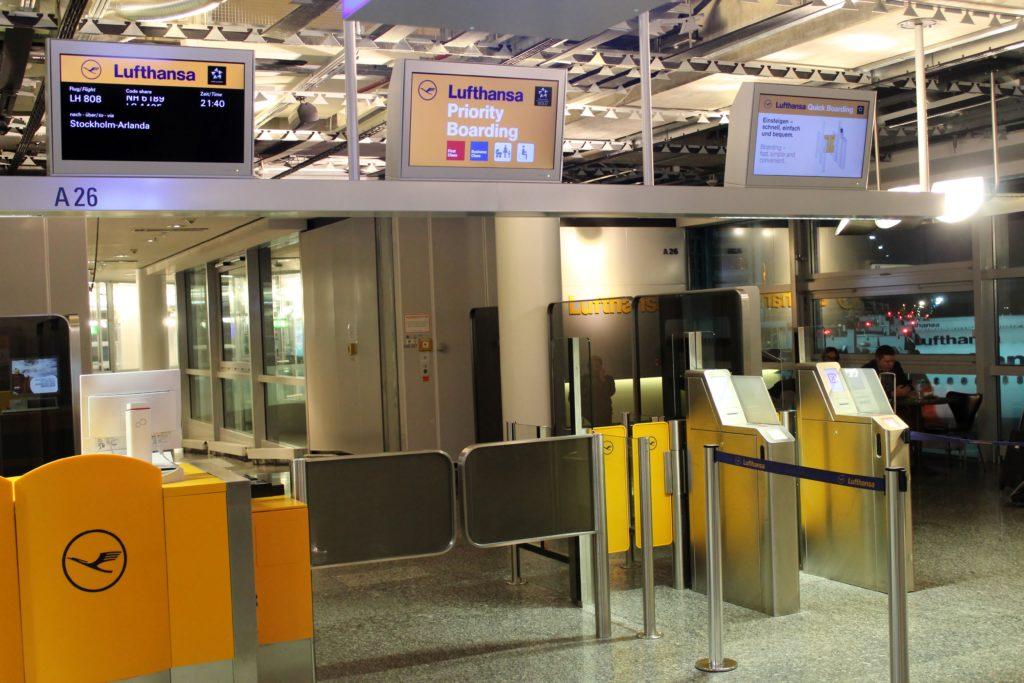 Lufthansa Business Class Frankfurt-Stockholm priority boarding