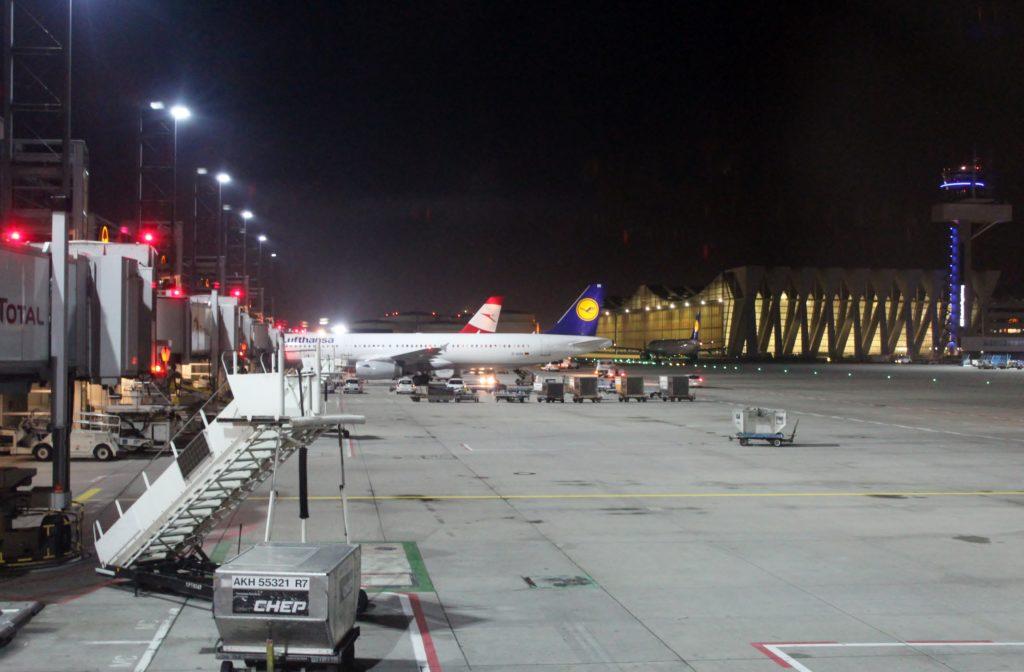 Lufthansa Business Class Frankfurt-Stockholm apronv