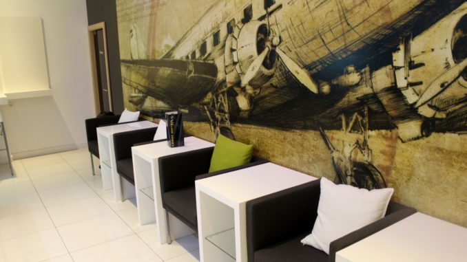 Menzies Aviation Lounge, Budapest seating area