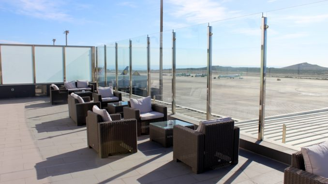Outdoor terrace in the Sala Galdos Lounge at Las Palmas airport