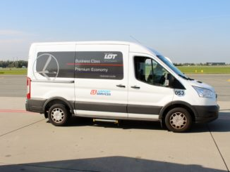 The LOT premium transfer service at Warsaw Chopin airport