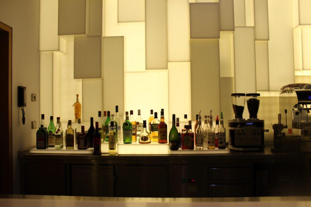 The Lights Bar in the Lufthansa Senator Lounge in Frankfurt
