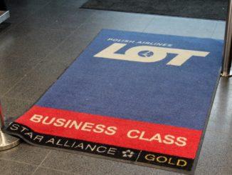LOT Economy Class Riga-Warsaw
