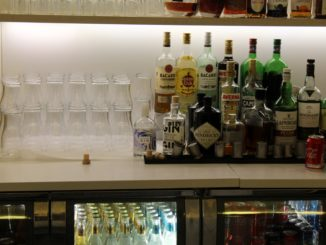 Arctic Blue Gin in the Finnair Premium Lounge in Helsinki
