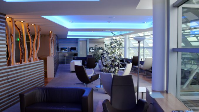 Aircalin Hibiscus Lounge, Noumea La Tontouta