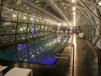 Swimming pool at Doha Hamad airport
