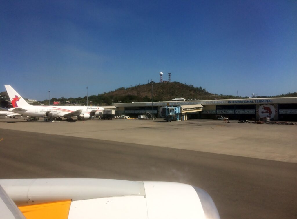 Air Niugini Economy Class Port Moresby-Sydney