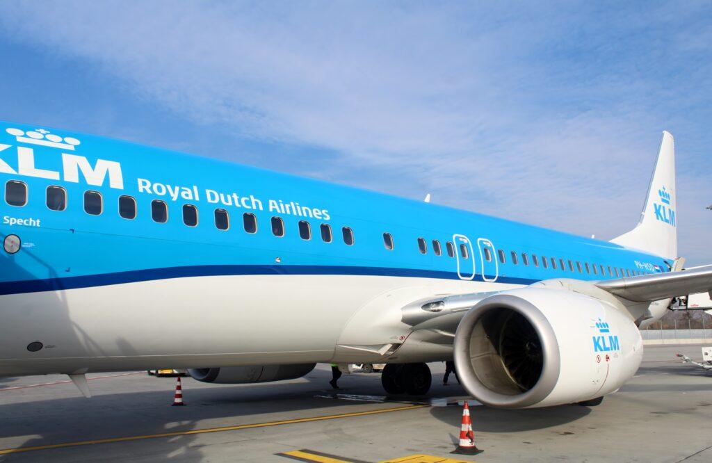Review: KLM Business Class Venice-Amsterdam | MorePremium.com