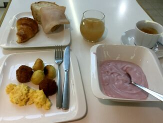 Breakfast in the Casa Alitalia Piazza Venezia Lounge in Rome