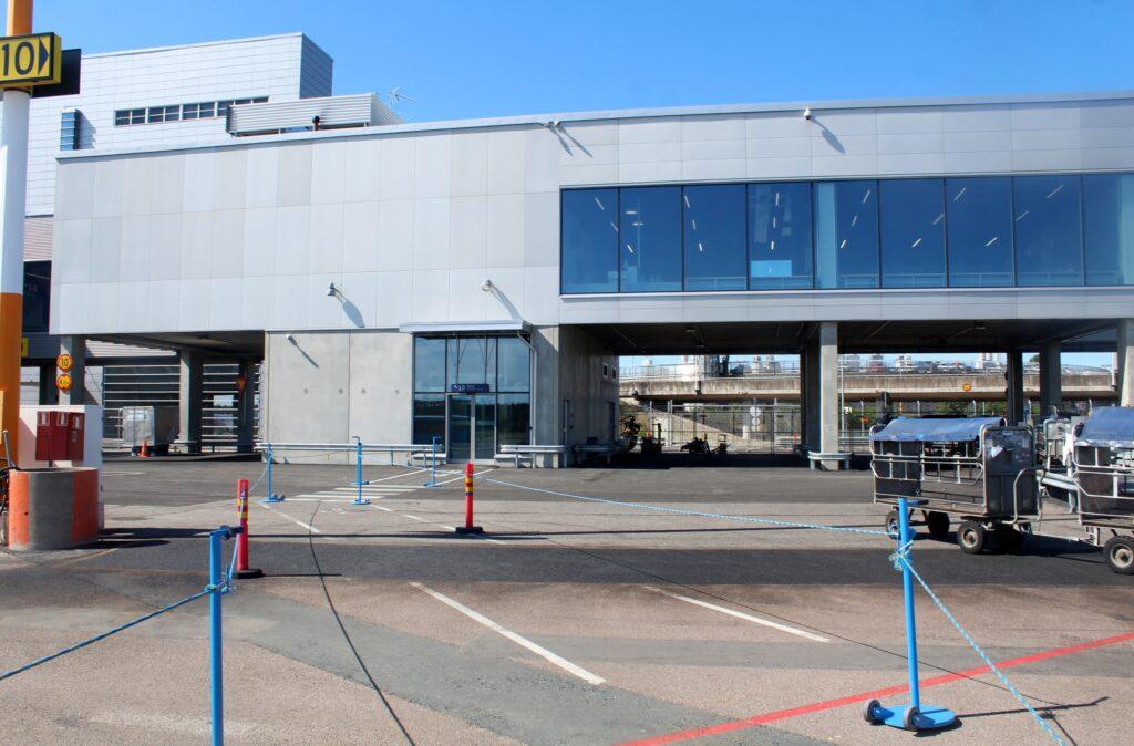 The new regional terminal concourse at Helsinki Vantaa