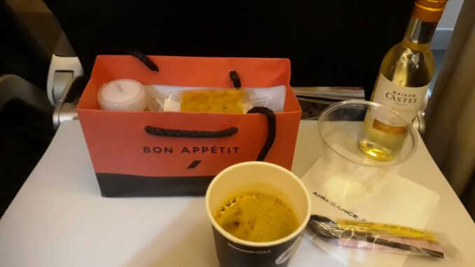 Snack in Air France Economy Class Paris-Stockholm