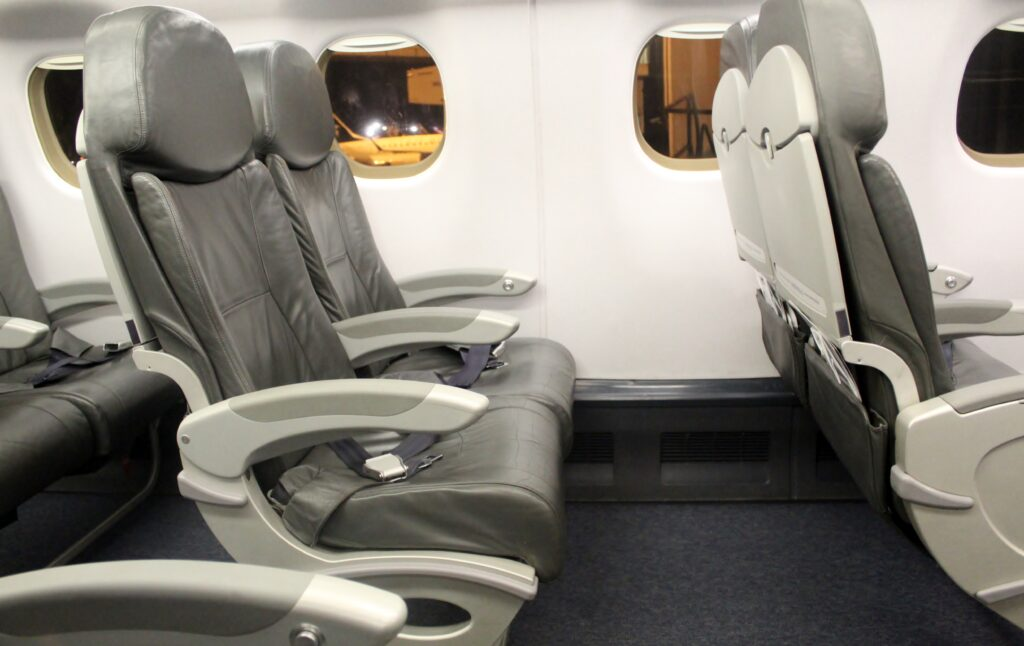 Excellent legroom in business class on the WDL Aviation Embraer 190