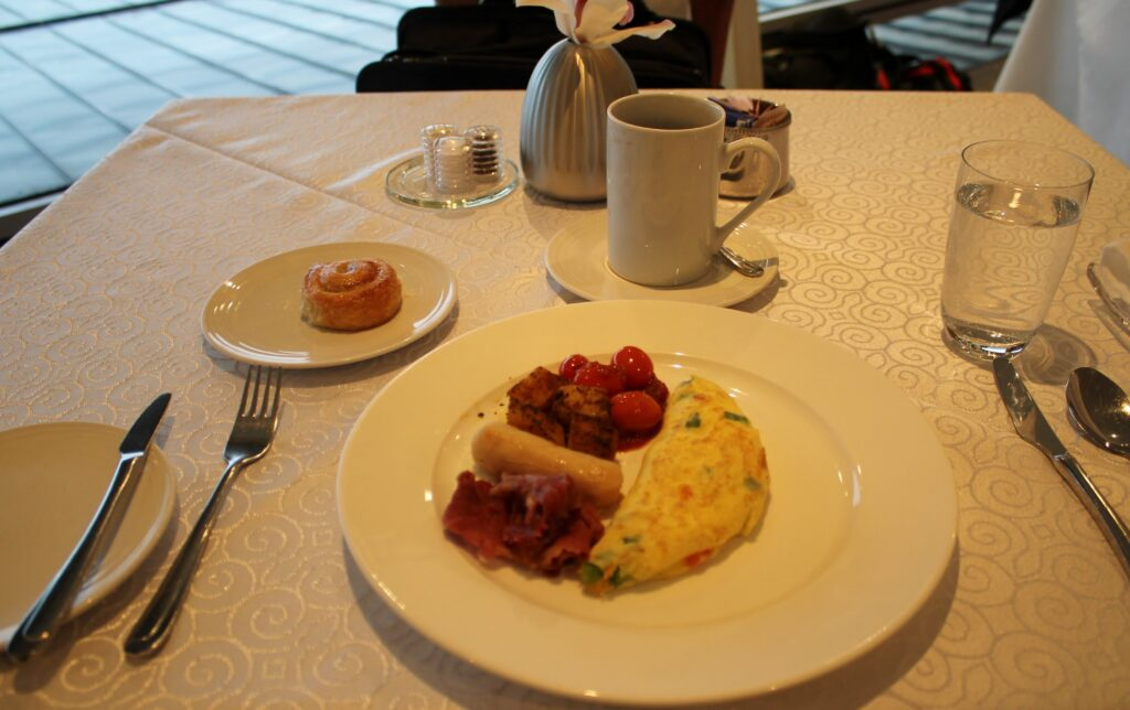 Breakfast in the Malaysia Airlines First Class Lounge in Kuala Lumpur