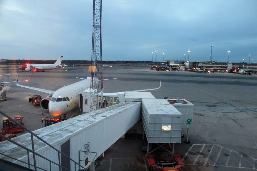 SAS Plus Stockholm-Gothenburg-Berlin Tegel