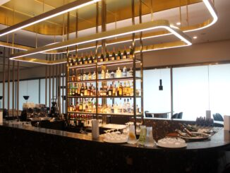 The bar in the Finnair Platinum Wing in Helsinki