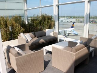 The outdoor terrace in the Lufthansa First Class Lounge in Munich