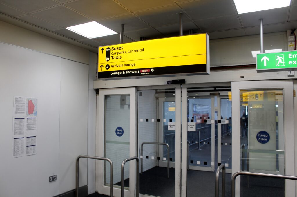 Plaza Premium Arrivals Lounge, London Heathrow, Terminal 3