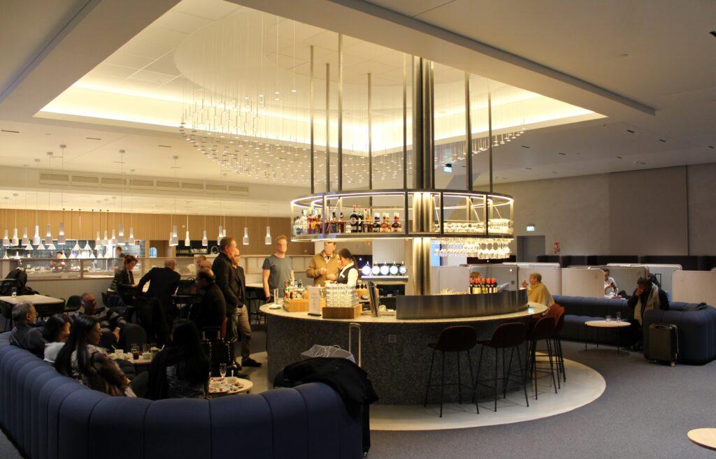 Finnair non-Schengen Business Lounge, Helsinki